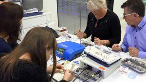 practiculum-implantologii-szkolenie-teoretyczne-warsztaty-cwiczenia-kursy-z-udzialem-pacjentow-kursy-praktyczne-gdansk-vivadental-centrum-szkoleniowe-dla-implantologow-szkolenie-implantolo-55